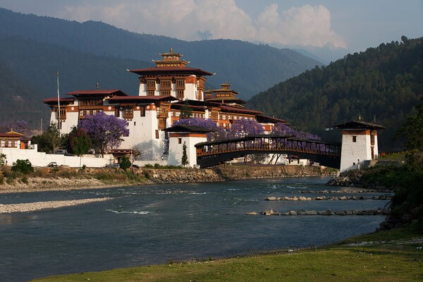 Punakha Dzong, Most Famous and Best Places To Visit in Bhutan