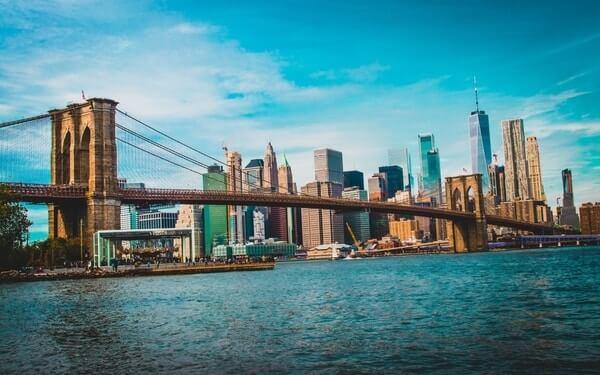 Incredible view of Brooklyn Bridge