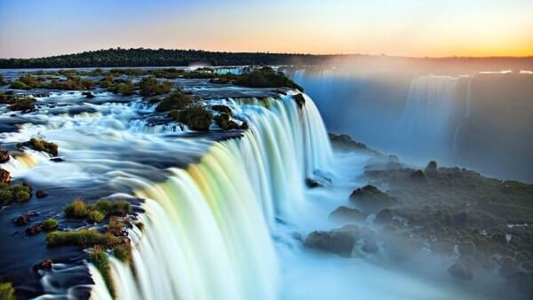 Marvelous Niagara falls ; Best Places to Visit in New York