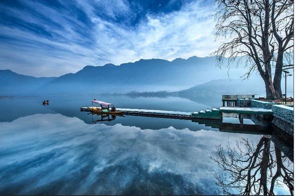 Dal Lake |  Srinagar  | Hill Station