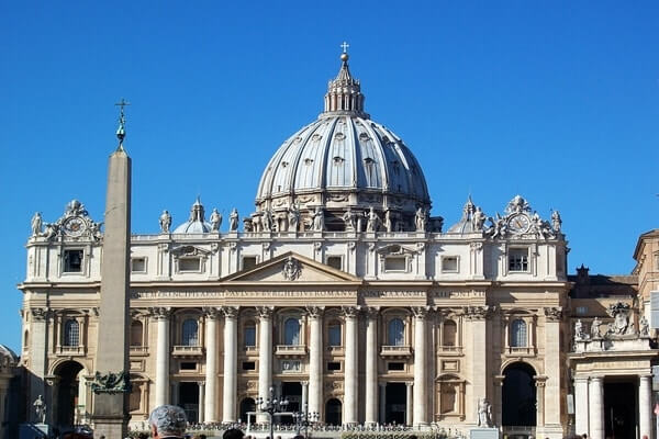 St. Peter's Basilica; famous Churches in the world