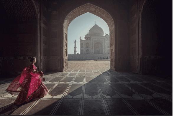 Taj Mahal   Famous landmarks