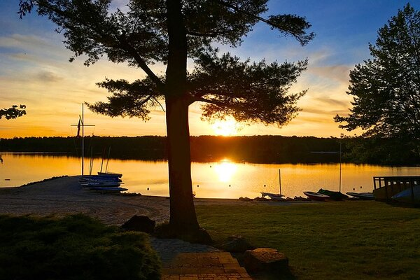 Magnificent lakes and its beaches is all one can fond of in Poconos.