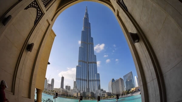 Burj khalifa; Tallest Building In The World; Famous Skyscrapers