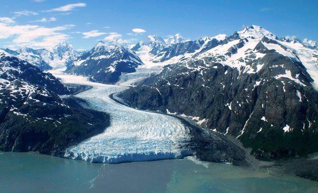 Glacier Bay National Park; famous places to visit in Alaska