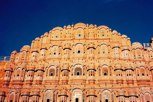 Hawa Mahal best places in Rajasthan