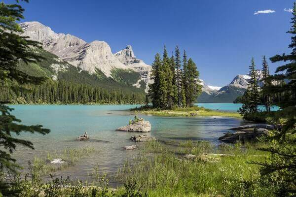 Maligne Lake; Beautiful Lakes
