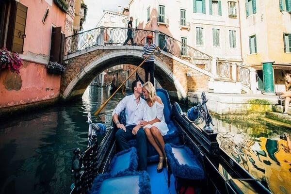 Romantic Boat rides at Venice