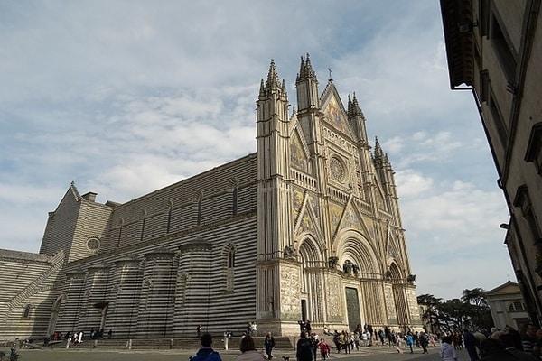 Duomo di Orvieto, Orvieto, Italy ; Day trips from Rome