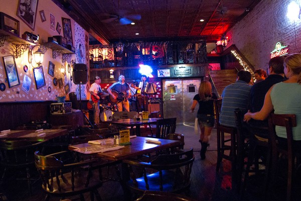 Live Music Performance at 6th Street
