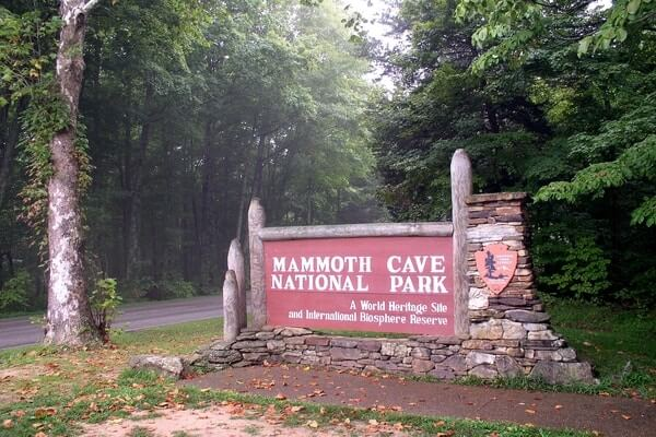 Mammoth Cave National Park; day trips from Nashville