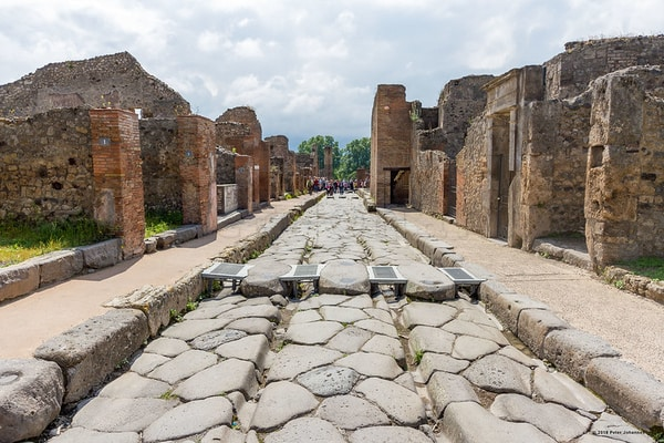 Pompiie Archeological site in Italy; Best Day Trips From Rome; pompeii tours from rome; rome to pompeii day trip