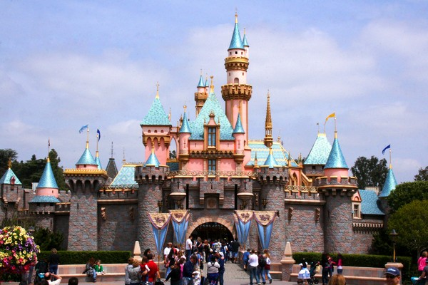 Disneyland;Places to visit in Southern California