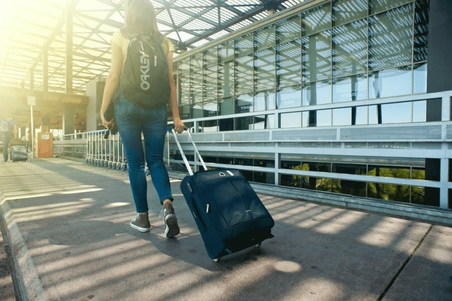 5 Tips on How to Travel as A Student